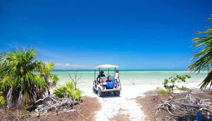 découverte de l'île d'holbox en voiture de golf
